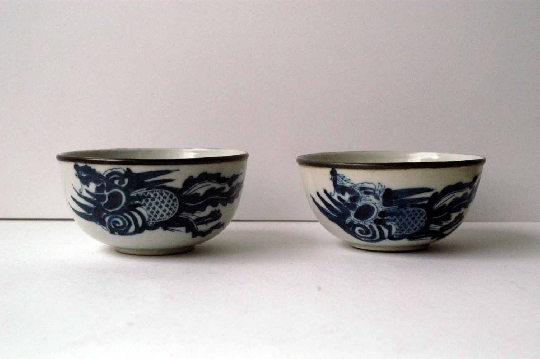 CHINESE BLUE and WHITE porcelain pair bowls 19th Century 10.7 cm diam silber foto 2