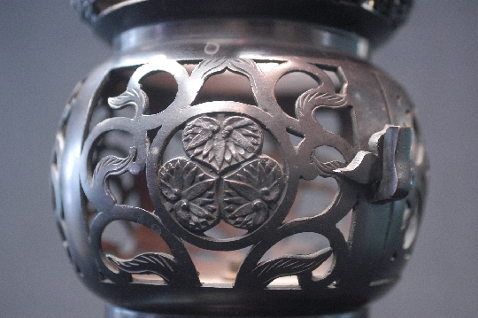 JAPANESE BRONZE LANTERN,19th foto 4