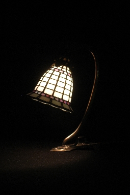 TIFFANY LAMP WHITE 2